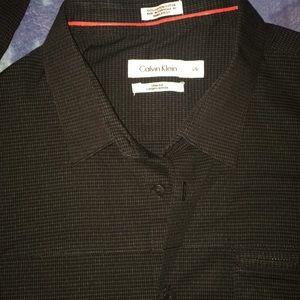 Calvin Klein Shirt// Adult Large